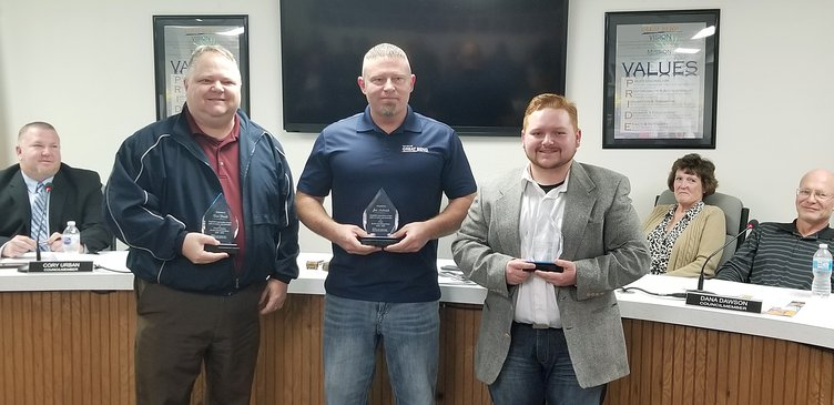 outgoing council, mayor honored