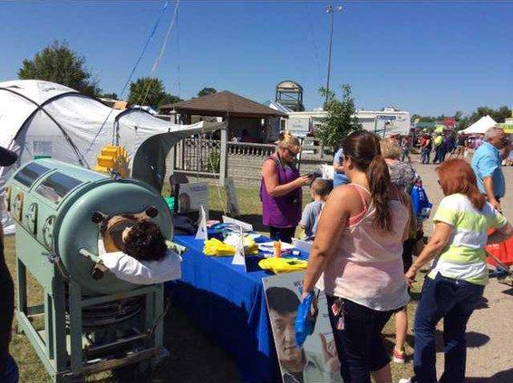 Iron lung at the fair