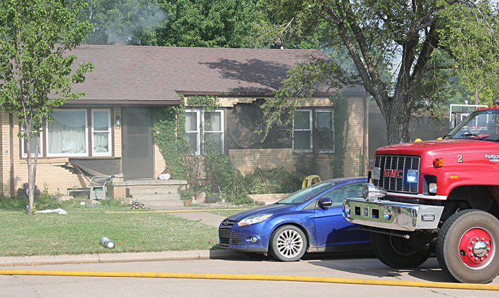 new_vlc_hoisington fire-explosion hole pic.jpg