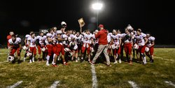 Hoisington Cardinals celebrate