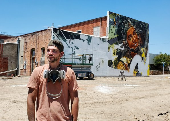 arcy-with-his-mural2021